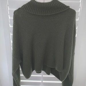 Hollister green sweater